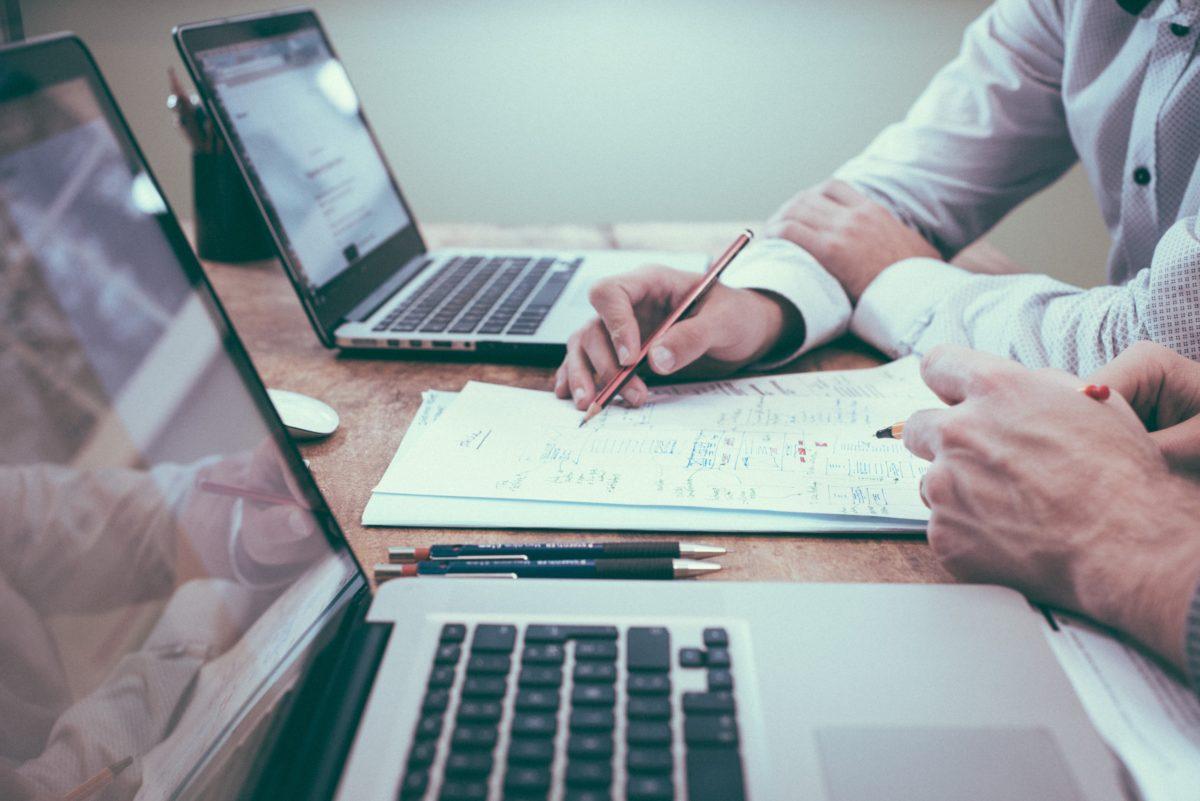 , Vikten av återkommande kunder och företagsutveckling /Kalle Cedervall
